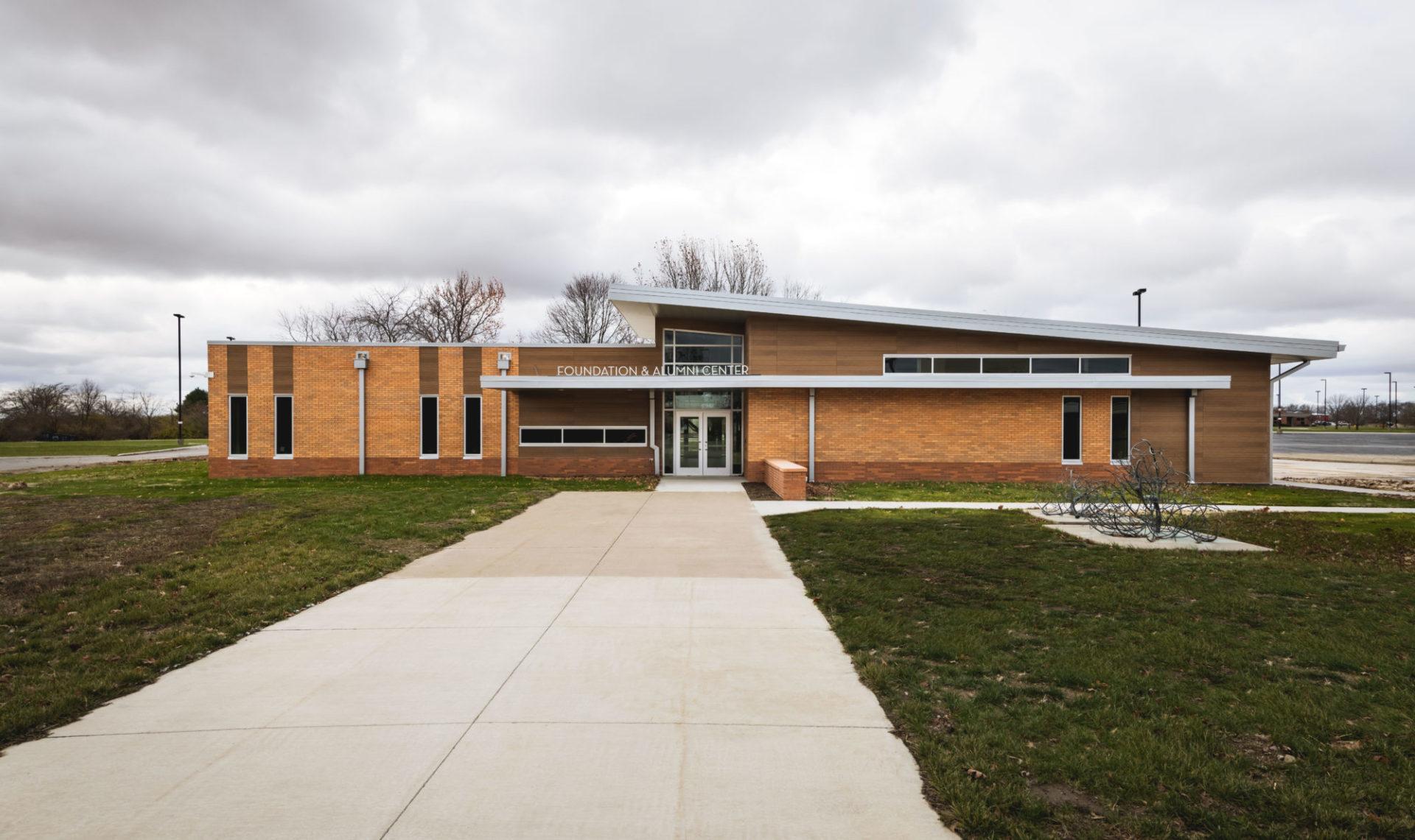 Lakeland College – Alumni Center